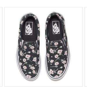 bfd1a79b6f Women s Floral Vans Vintage on Poshmark
